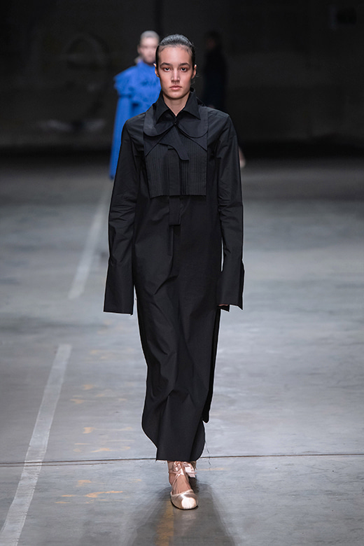 HAESUNG BONG, Shirtdress Slim Black, 면 100%, Cotton 100%