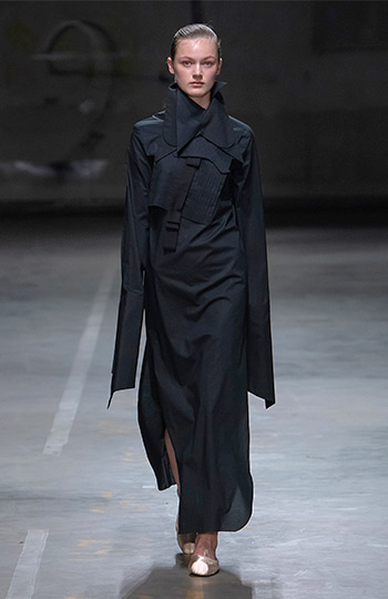 HAESUNG BONG, Shirtdress Slim Black, 면 100% , Cotton 100%